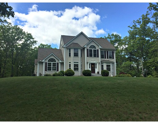 Single Family Home for Sale at 7 Walnut Farm Road Newton, New Hampshire 03858 United States