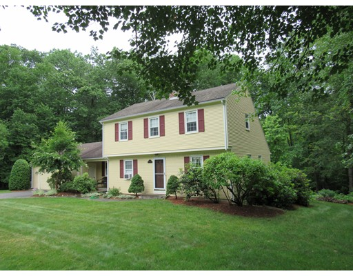 42 Morningside Drive, Northampton, MA 01062