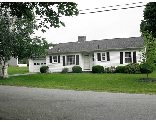 独户住宅 为 销售 在 10 Riverview Drive Newbury, 马萨诸塞州 01951 美国