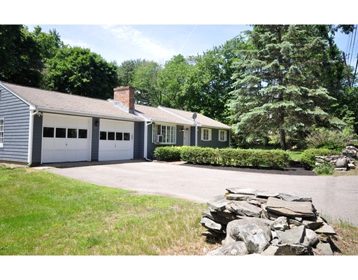 Additional photo for property listing at 255 School Street  Acton, Massachusetts 01720 Estados Unidos