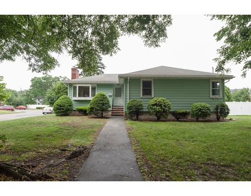 70 Forest St, Stoneham, MA 02180