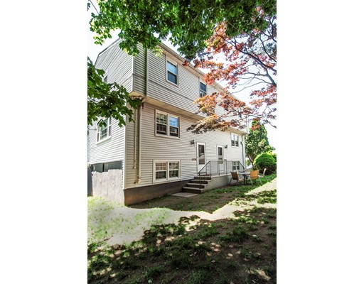 Additional photo for property listing at 40 Franclaire Drive  Boston, Massachusetts 02132 Estados Unidos