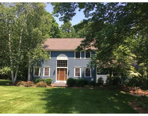 Maison unifamiliale pour l Vente à 30 Avebury Circle Boxborough, Massachusetts 01719 États-Unis