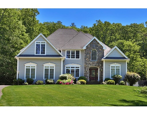 Single Family Home for Sale at 172 Shining Rock Drive Northbridge, Massachusetts 01534 United States