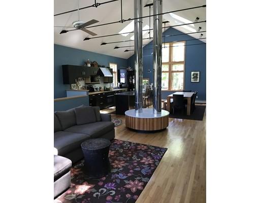 Maison unifamiliale pour l Vente à 94 Preston Place Beverly, Massachusetts 01915 États-Unis