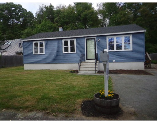 Single Family Home for Sale at 39 Lafayette Street Extension Amesbury, Massachusetts 01913 United States