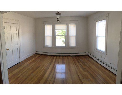 Single Family Home for Rent at 499 south broadway Lawrence, Massachusetts 01843 United States