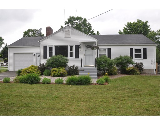Single Family Home for Sale at 11 Karen Circle Easthampton, Massachusetts 01027 United States