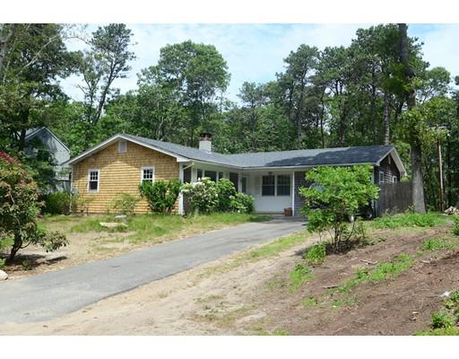 Casa Unifamiliar por un Venta en 184 Winyah Lane Tisbury, Massachusetts 02568 Estados Unidos