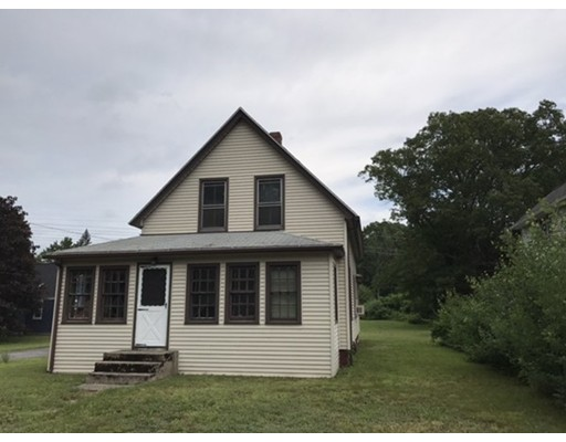 Single Family Home for Sale at 3 Silver Street Auburn, Massachusetts 01501 United States