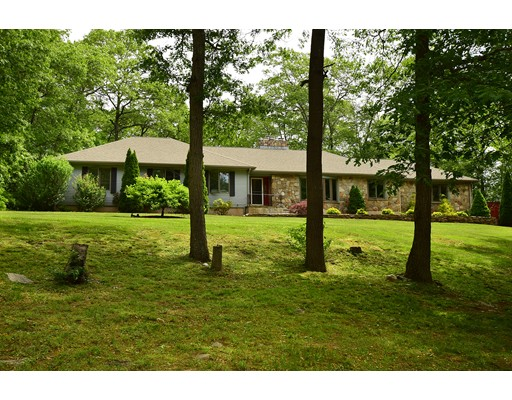 Casa Unifamiliar por un Venta en 155 High Ridge Tolland, Connecticut 06084 Estados Unidos
