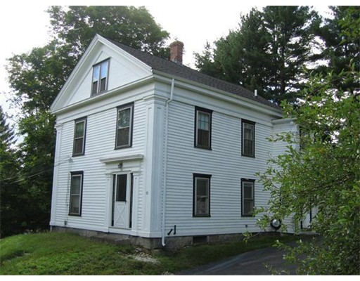 Single Family Home for Rent at 10 Church Street Upton, Massachusetts 01568 United States