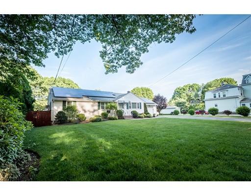 Частный односемейный дом для того Продажа на 18 Tremont Street Woburn, Массачусетс 01801 Соединенные Штаты