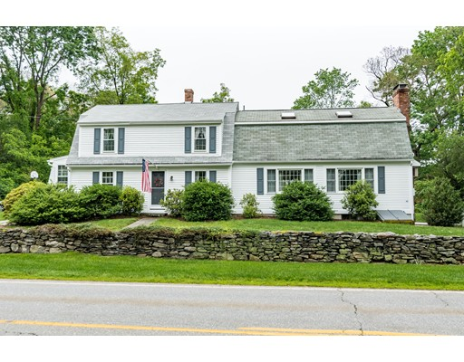 Single Family Home for Sale at 212 Thompson Road Thompson, Connecticut 06277 United States