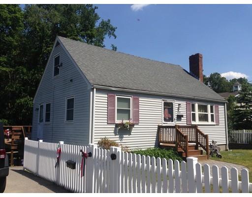 独户住宅 为 销售 在 1055 BEDFORD STREET 阿宾顿, 马萨诸塞州 02351 美国
