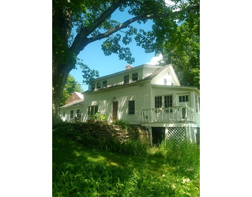 Casa Unifamiliar por un Venta en 165 Starkweather Hill Road Worthington, Massachusetts 01098 Estados Unidos