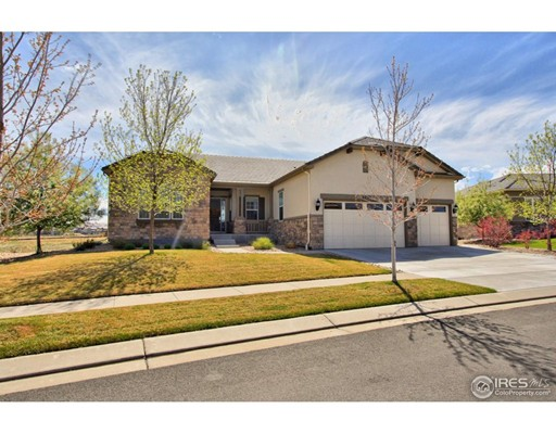 Maison unifamiliale pour l Vente à 4644 Belford Circle Broomfield, Colorado 80023 États-Unis