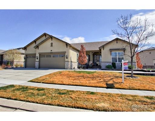 Maison unifamiliale pour l Vente à 16450 Grays Way Broomfield, Colorado 80023 États-Unis