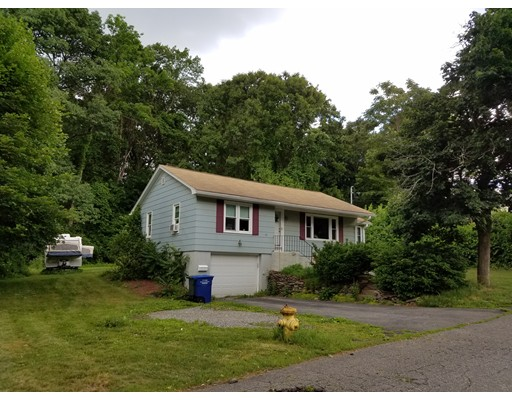 45 Valleyview Rd, Leominster, MA 01453