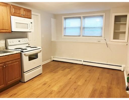 独户住宅 为 出租 在 2 Granite Street 莫尔登, 马萨诸塞州 02148 美国