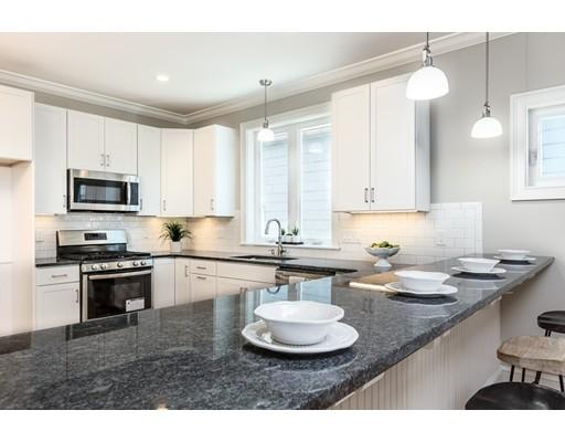 Additional photo for property listing at 29 Winthrop Street  Melrose, Massachusetts 02176 Estados Unidos