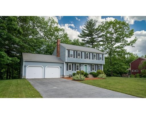 Частный односемейный дом для того Продажа на 10 Tillotson Road Hopedale, Массачусетс 01747 Соединенные Штаты
