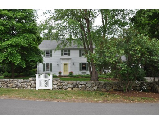Maison unifamiliale pour l à louer à 12 Old Farm Dover, Massachusetts 02030 États-Unis
