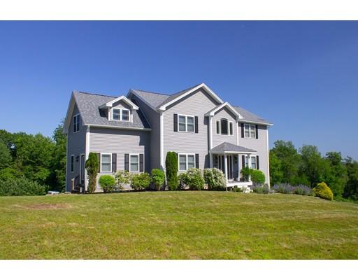 独户住宅 为 销售 在 389 Arnhow Farm Road 菲奇堡, 马萨诸塞州 01420 美国