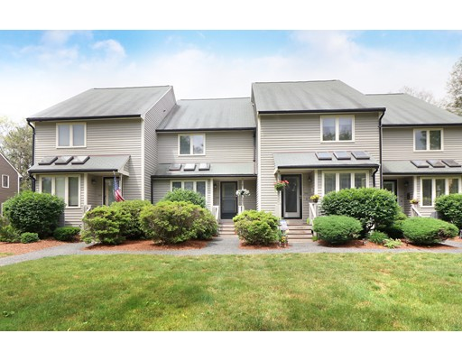 Appartement en copropriété pour l Vente à 822 Maple Brook Road Bellingham, Massachusetts 02019 États-Unis