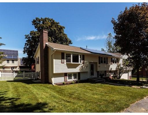 Частный односемейный дом для того Продажа на 5 Prescott Way Woburn, Массачусетс 01801 Соединенные Штаты