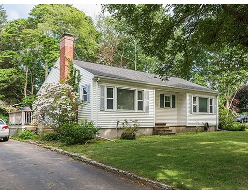 Casa Unifamiliar por un Venta en 510 South Street Bridgewater, Massachusetts 02324 Estados Unidos