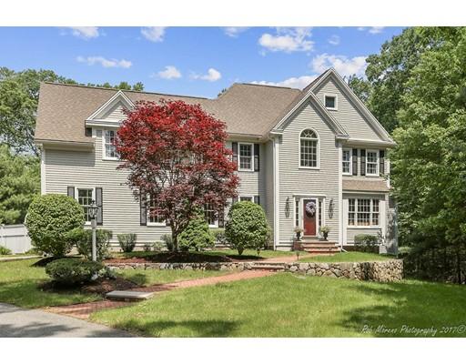 Частный односемейный дом для того Продажа на 1 Canterbury Lane North Reading, Массачусетс 01864 Соединенные Штаты