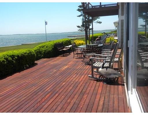 Частный односемейный дом для того Аренда на 16 Ocean View Ave #0 16 Ocean View Ave #0 Mattapoisett, Массачусетс 02739 Соединенные Штаты