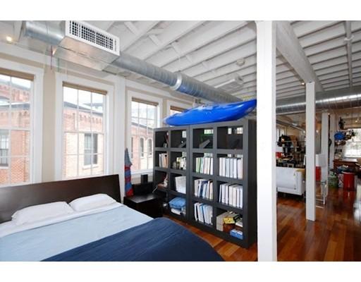 Casa Unifamiliar por un Alquiler en 5 Tannery Brook Row Somerville, Massachusetts 02144 Estados Unidos
