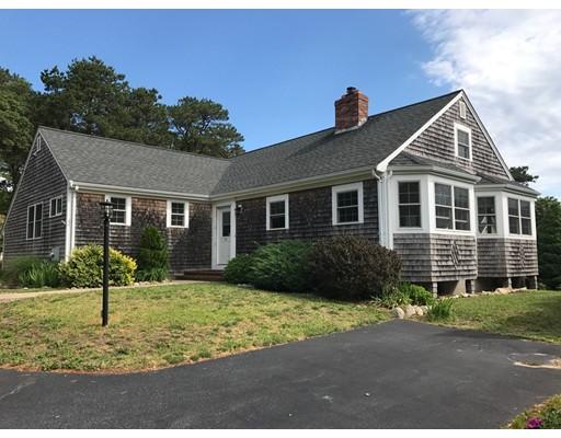 واحد منزل الأسرة للـ Sale في 64 Siasconset Drive Bourne, Massachusetts 02562 United States