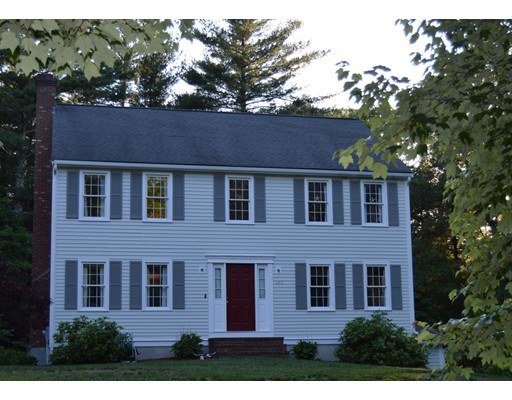 Частный односемейный дом для того Продажа на 186 Captain Nathaniel Drive Hanson, Массачусетс 02342 Соединенные Штаты