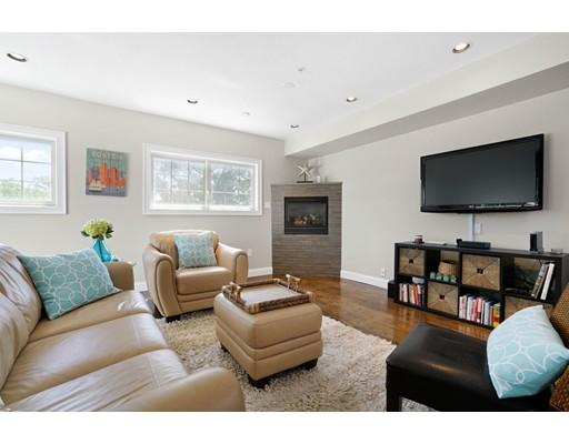 572 Freeport Street 304, Boston, MA 02122