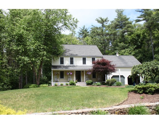 Single Family Home for Sale at 82 Pine Wood Path East Bridgewater, Massachusetts 02333 United States