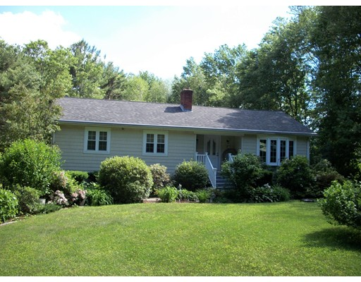 Single Family Home for Sale at 23 Merriam DiStreet Oxford, Massachusetts 01537 United States