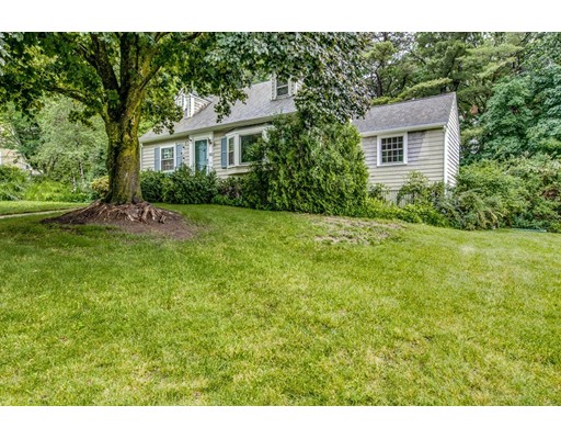 Single Family Home for Sale at 33 Curve Street Bedford, Massachusetts 01730 United States