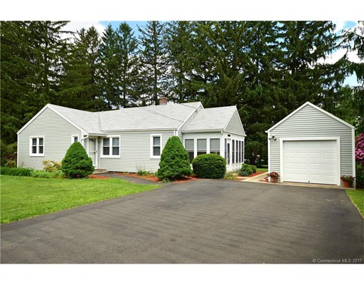 13 Weymouth Road, Enfield, CT 06082