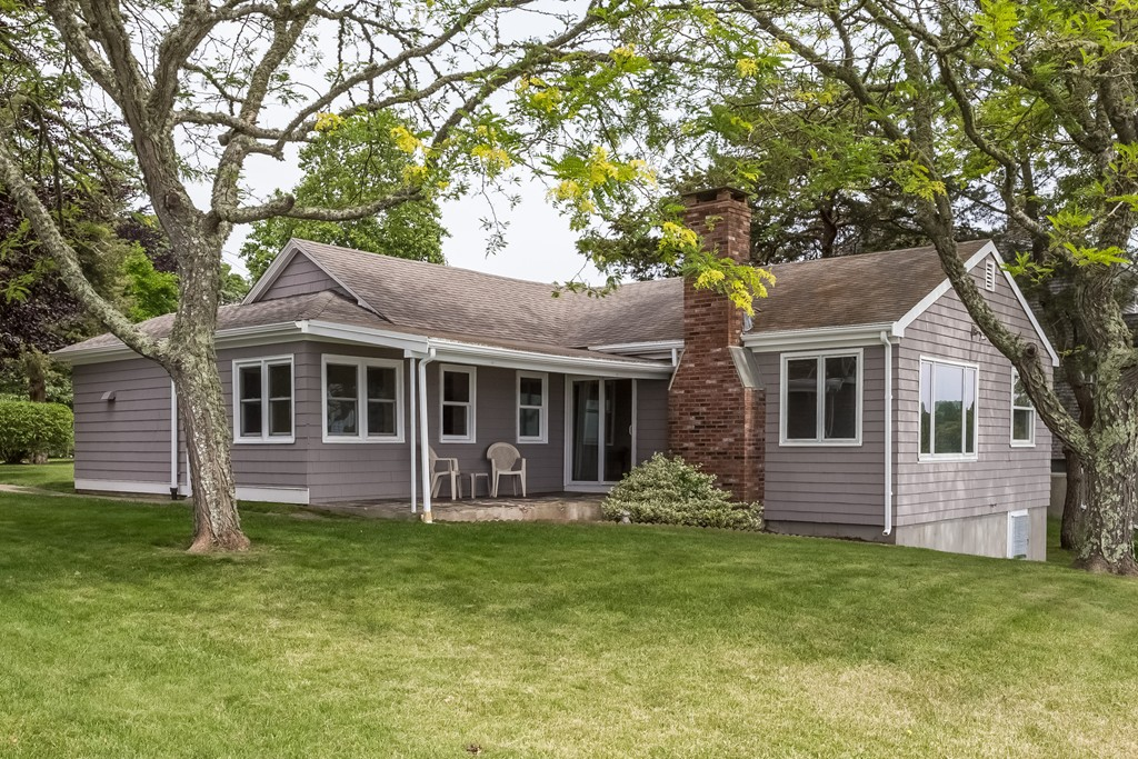 Homes for sale in westport ma william raveis real estate for Houses for sale westport