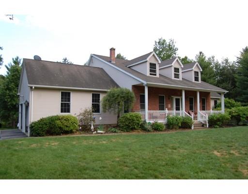 Частный односемейный дом для того Продажа на 2 Susan Drive Ware, Массачусетс 01082 Соединенные Штаты