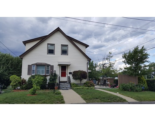 Additional photo for property listing at 7 Vendora Road  Worcester, Massachusetts 01606 Estados Unidos