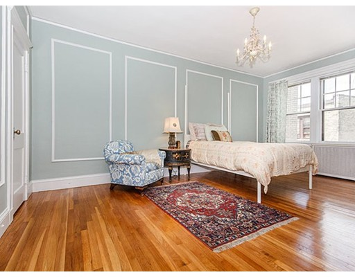 Condominium for Sale at 415 Washington Street Brookline, Massachusetts 02446 United States