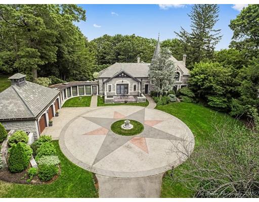Additional photo for property listing at 222 Fairmount Street 222 Fairmount Street Lowell, Massachusetts 01852 Estados Unidos