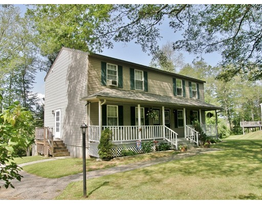 Single Family Home for Sale at 148 North Street East Brookfield, Massachusetts 01515 United States