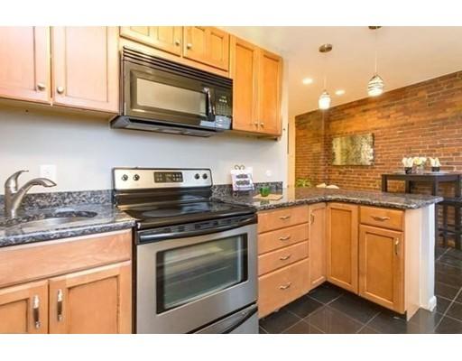 独户住宅 为 出租 在 8 Battery 波士顿, 马萨诸塞州 02109 美国