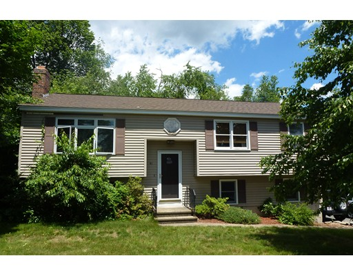 Casa Unifamiliar por un Venta en 41 Long Hill Drive Leominster, Massachusetts 01453 Estados Unidos