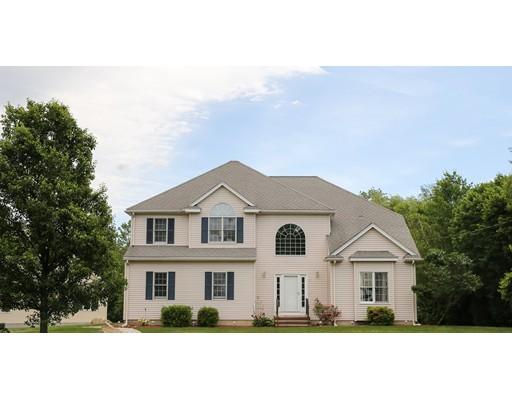 Частный односемейный дом для того Продажа на 1 Celestial Circle Milford, Массачусетс 01757 Соединенные Штаты